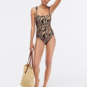 NWT JCrew one-piece swimsuit inzebra stripe